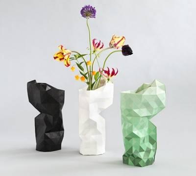 Pepe Heykoop's Paper Vase Cover in zwart, groen en wit