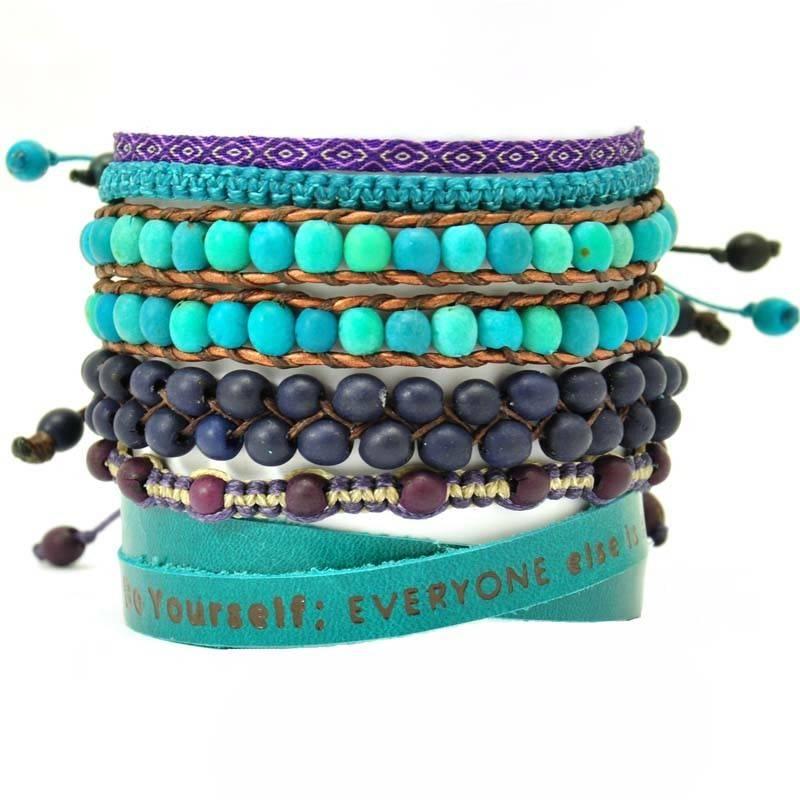 Colombianas - set kleurrijke handgemaakte armbandjes  - turkoois - blauw - paars from MoreThanHip