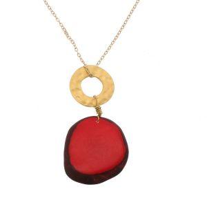 Celeste ketting met hanger van tagua en een goudkleurige ring - rood