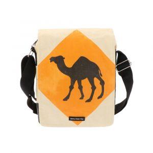 Schoudertasje van gerecyclede cementzakken - Kino kameel